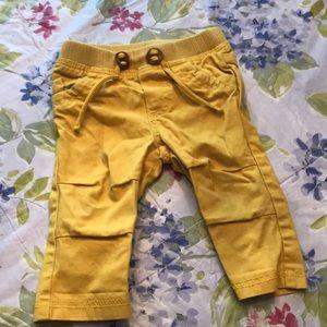 Super cute Baby boy mustard color pants 6-12 mos
